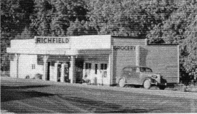 Old Mitchell Store
